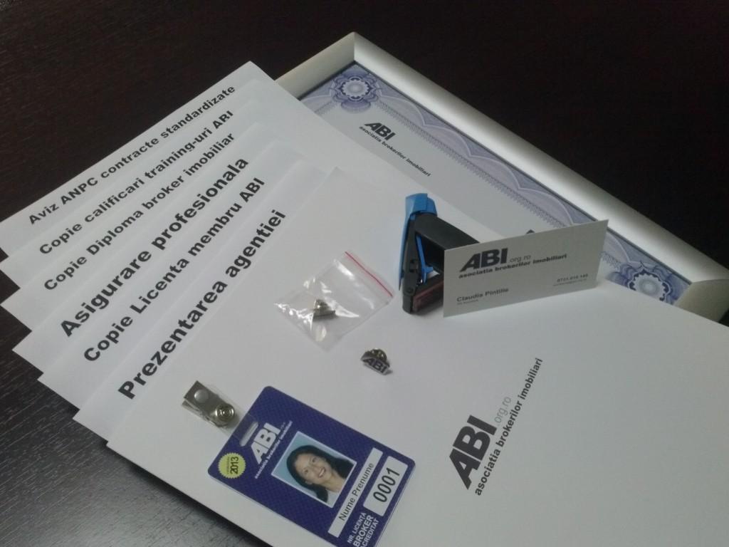 Noutati 2013: kit de accesorii + cotizatii